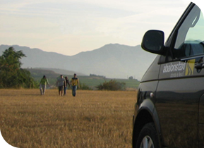 Family and Large Groups Guided Tours in La Rioja Abalons Taxi